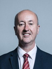 1200px-Official_portrait_of_Geraint_Davies_crop_2